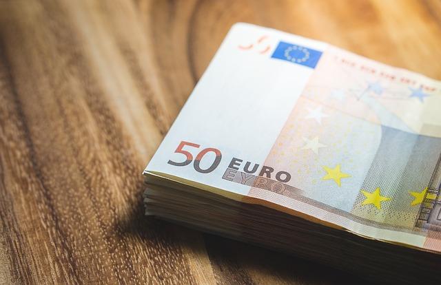 bankovky, padesát euro