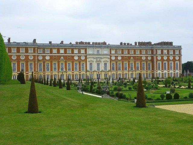 palác krále Jindřicha