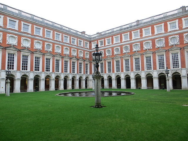 palác hampton court